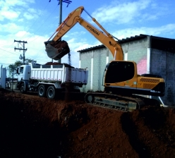 Construção de base de concreto para reservatório metálico de água com capacidade para 500m³ - Jardim Serrano